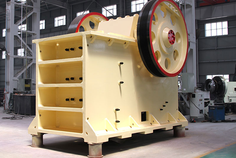 the development history of jaw crusher Traylor jaw crusher has been proven capable of withstanding the extreme conditions of the mining industry both the single and double toggle jaw crushers are constructed of heavy duty fabricated plate frames with reinforcing ribs throughout.
